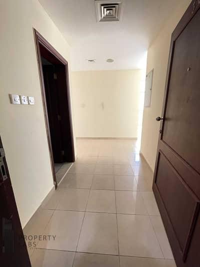 2 Bedroom Apartment for Rent in Mussafah, Abu Dhabi - Spacious 2 Bedroom in Clean Building - Shabiya ME9