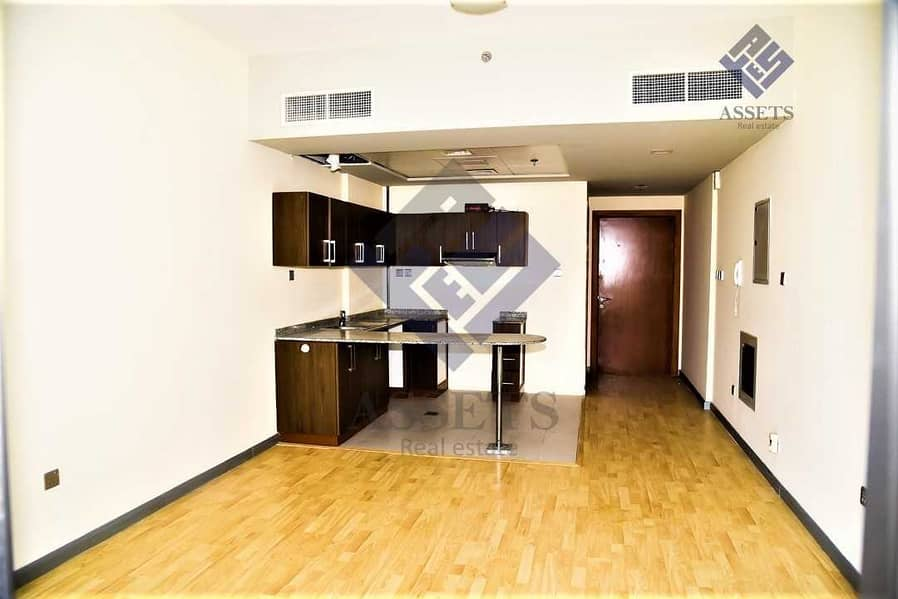 Pet-Friendly   Perfectly Priced   Spacious