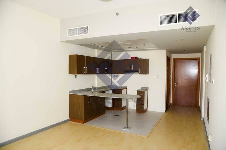 2 Pet-Friendly   Perfectly Priced   Spacious