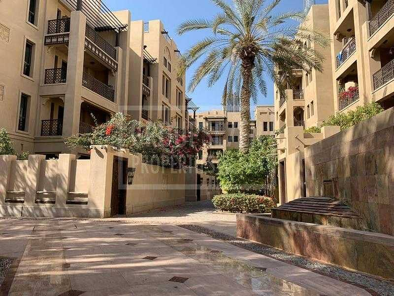 13 1 Bed Apartment for Sale in Old Town