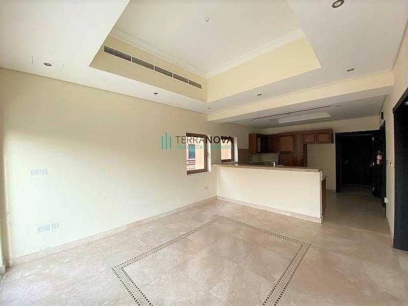 Exclusive   Private Pool   Dubai Style - Type B   Corner Single Row