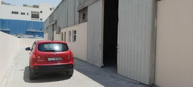 مستودع  للايجار في المنطقة الصناعية، الشارقة - مستودع في المنطقة الصناعية 17 المنطقة الصناعية 105000 درهم - 4952226