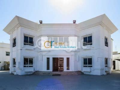 Villa for Rent in Jumeirah, Dubai - Commercial Villa-Drive Thru-F&B Retail