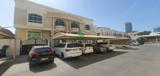 6 Bedroom Villa for Rent in Al Khalidiyah, Abu Dhabi - Spacious six bedrooms villa in khalidiya