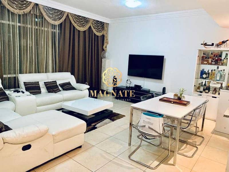 Massive 2 Beds   Fully Furnished Vacant