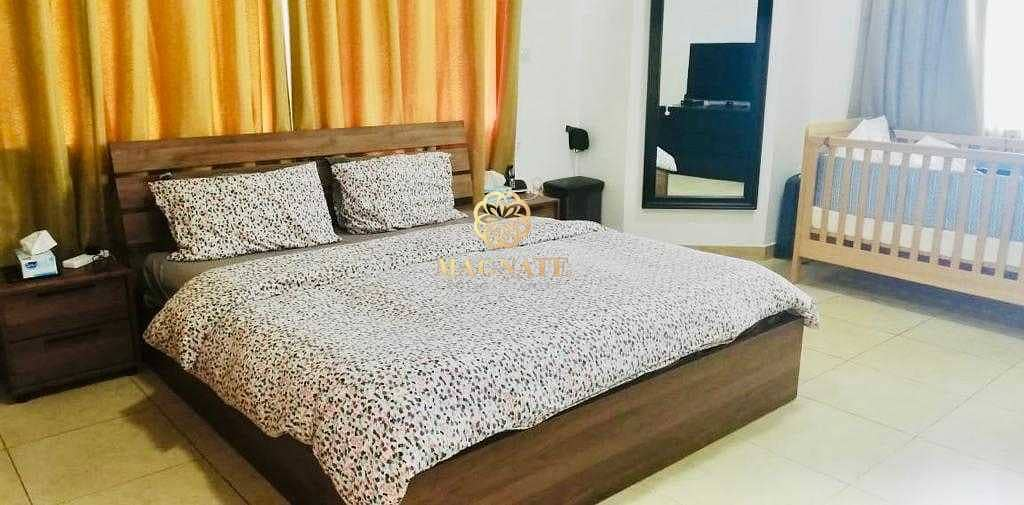 2 Massive 2 Beds   Fully Furnished Vacant