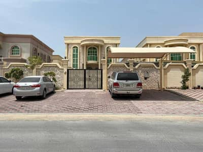 5 Bedroom Villa for Sale in Al Rawda, Ajman - Villa for sale on the street Commercial the Villa Stilled by Second Street of Sheikh Ammar Street