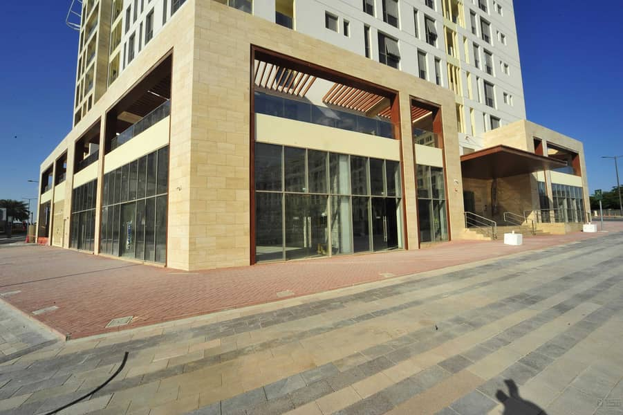 2 Retail for Lease in Jaddaf Multiple units available