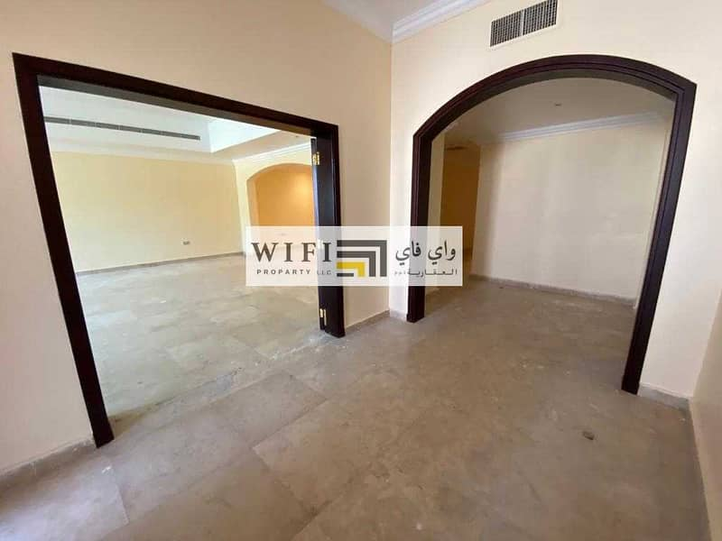2 For rent in Abu Dhabi Karama area is an excellent villa