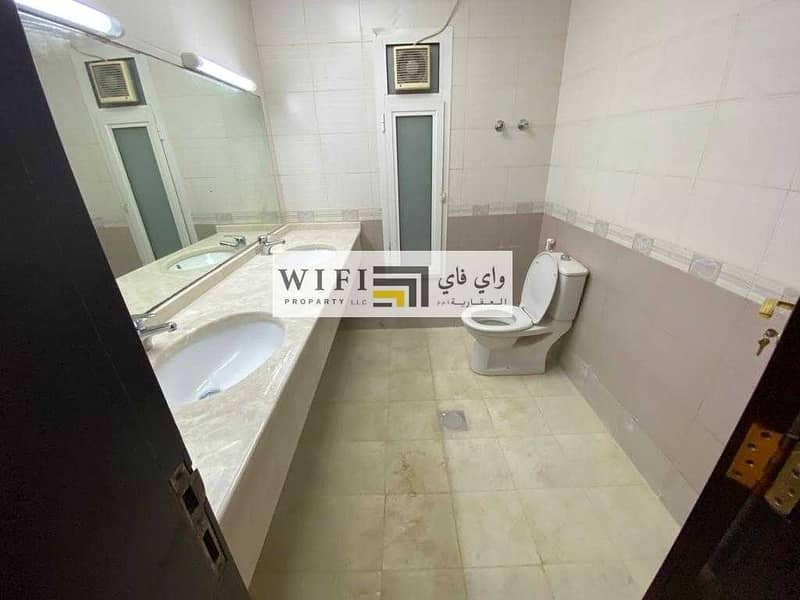 19 For rent in Abu Dhabi Karama area is an excellent villa