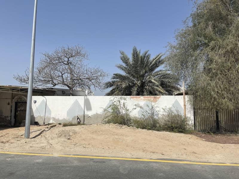 Old villa Mushairef corner