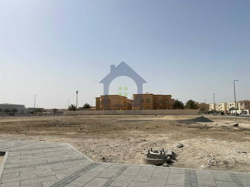 For Sale Residential land in Al Shawamekh city