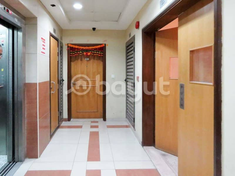 2 Studio Apartment with free 1 month. No Commission