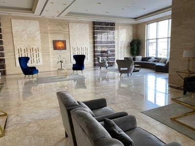 شقة 2 غرفة نوم للايجار في شارع الشيخ مكتوم بن راشد، عجمان - BUILDING LOBBY