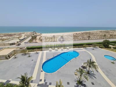 1 Bedroom Apartment for Rent in Al Hamra Village, Ras Al Khaimah - Extra Ordinary Sea View Furnished 1 BHK Apartment
