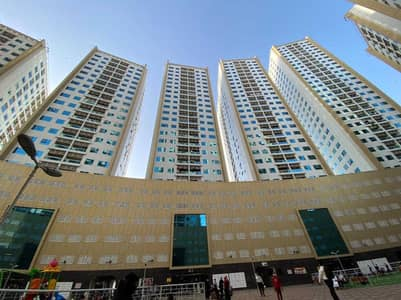 2 Bedroom Flat for Sale in Ajman Downtown, Ajman - Sea View Apartment available! Great Deal!