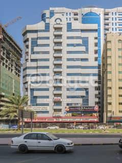 شقة في شارع الشيخ خليفة بن زايد 2 غرف 26000 درهم - 3572099