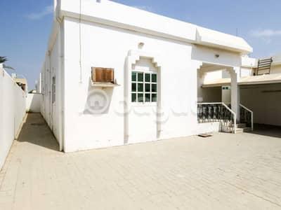 فیلا 3 غرف نوم للايجار في الظيت، رأس الخيمة - فیلا في الظيت الشمالي الظيت 3 غرف 39999 درهم - 4377118