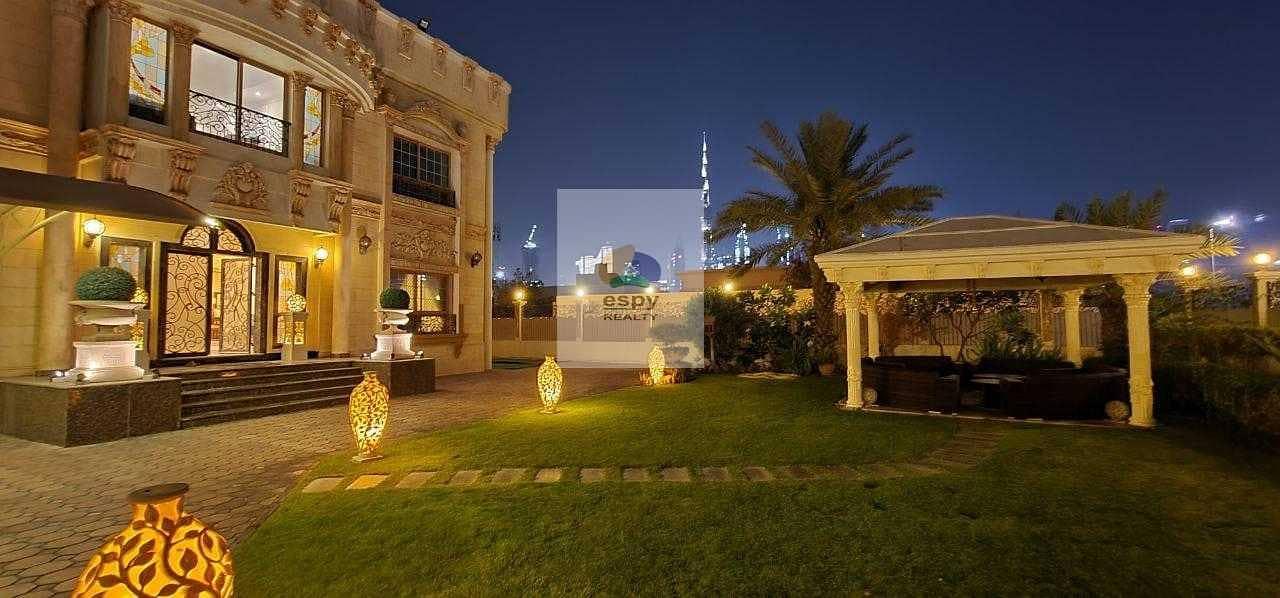 Villa for sale in Dubai Region: Al Wasl Dubai   Area: 13