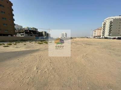 ارض تجارية  للبيع في الورقاء، دبي - ارض للبيع  بمساحة 15000 قدم مربع موقع متميز