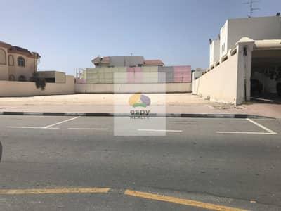 ارض سكنية  للبيع في السطوة، دبي - ارض للبيع السطوه دبي خلف الابراج شارع الشيخ زايد