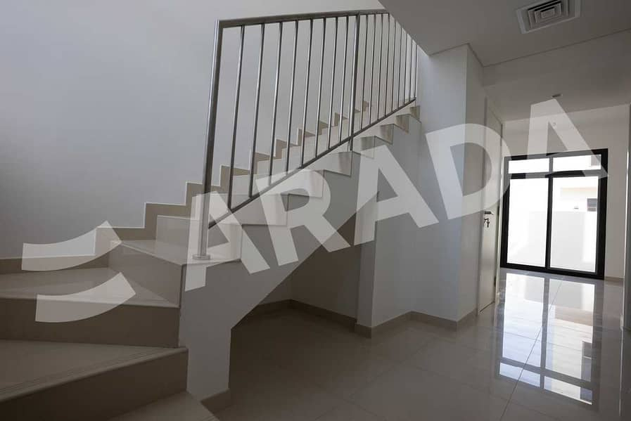 Spacious Layout   Townhouse   Three Bed
