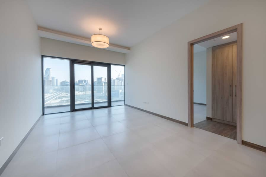 2 Brand New   Luxury   Burj Views   Great Offers   Own Mgmt