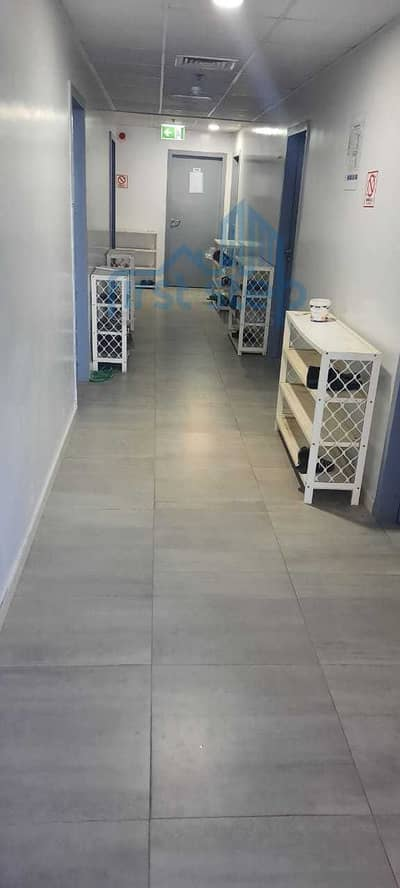 Labour Camp for Rent in Jebel Ali, Dubai - Well-Maintained Camp in Jebel Ali | @2