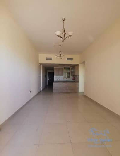 2 Bedroom Apartment for Rent in Dubai Silicon Oasis, Dubai - 43K BY 4 CHQS FOR 2BHK WITH BALCONY + WARDROBE CABINETS