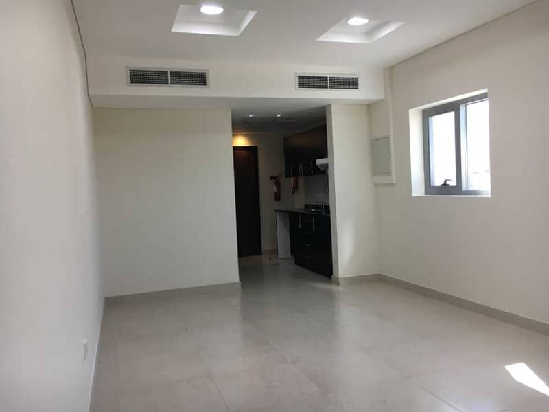 Offer! Studio with Balcony with No Commission