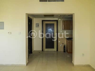 1 Bedroom Flat for Rent in Al Soor, Sharjah - Affordable price 1 bhk in umm Al turffa with no commission and direct from owner