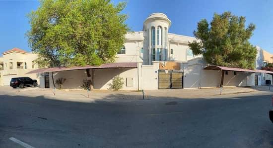 Villa for Rent in Umm Suqeim, Dubai - Available rent for 10 bed room Commercial Villa(G+1) Umm Sqqueim2