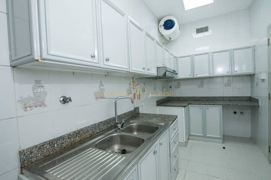 18 No Commission!!! 2 Bedrooms apartment in Good location!