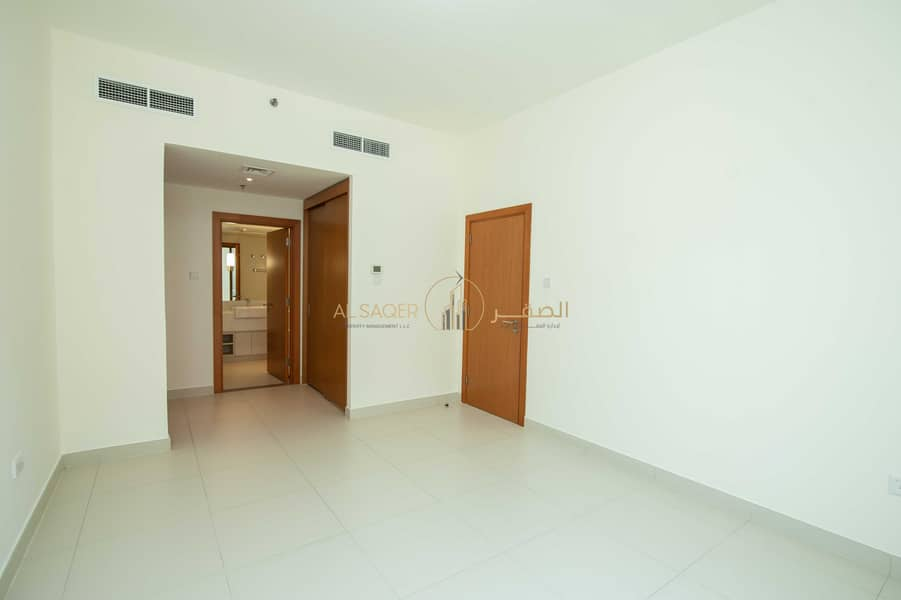 2 No Commission!!! 2 Bedroom Apartment with Complete Amenities!