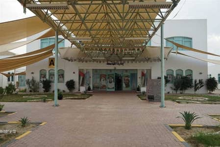 مبنی تجاري  للايجار في الطوار، دبي - Educational Compound with Spacious University/School in Al Twar 3