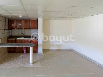 استوديو  للايجار في السجع، الشارقة - Studio for Rent in Al Sajaa 1 Area   Free 1 Month Rent   Best Price