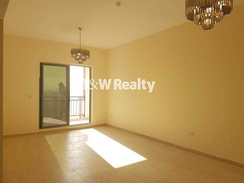 10 FOR SALE 2 Bedroom Apartment Walk to the Metro Station