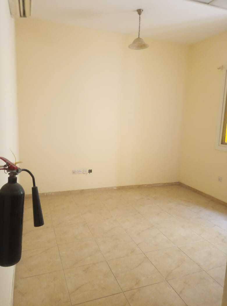 شقة في بناية القليعة القليعة 9000 درهم - 5057579