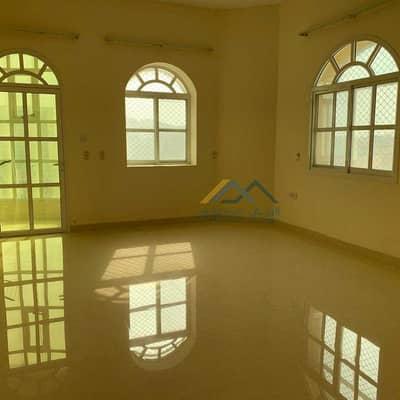 5 Bedroom Villa for Rent in Al Rawda, Ajman - Very clean villa for rent in Al Rawda 2, an area of 5000 sq. ft. with split air conditioners