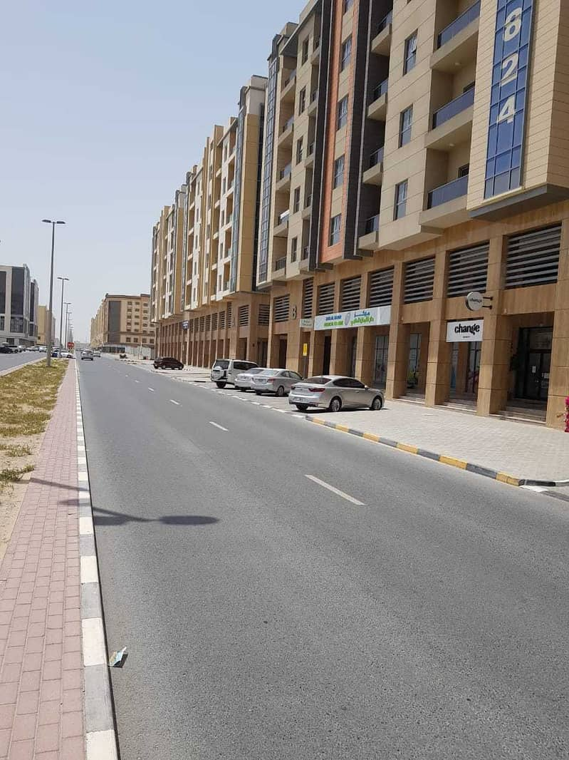 building for sale considered as a very good investment opportunity fully rented with a prime location.