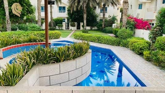 4 Bedroom Villa for Rent in Al Garhoud, Dubai - 4 BED TOWNHOUSE COMMUNITY IN GARHOUD