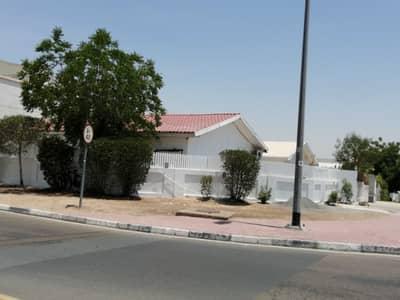 3 Bedroom Villa Compound for Rent in Al Garhoud, Dubai - Split ac 3Brs single story villa +garden garage etc
