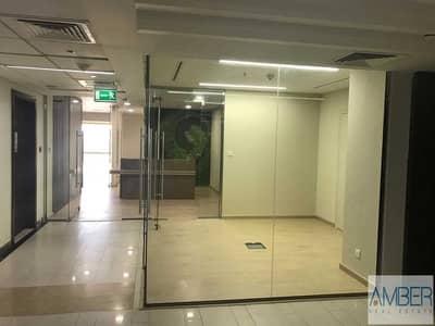 مکتب  للايجار في شارع الشيخ زايد، دبي - Spacious Design office |Amazing SZR view