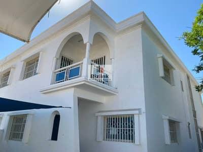 فیلا 4 غرف نوم للايجار في الرملة، الشارقة - Villa for rent in the heart of Sharjah