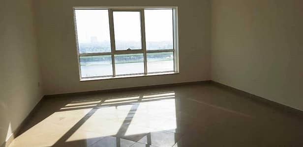 2 Bedroom Apartment for Sale in Al Majaz, Sharjah - Flat for sale in Buhaira Corniche - 2 master room + large hall + store - 3 bathrooms -1800 foot
