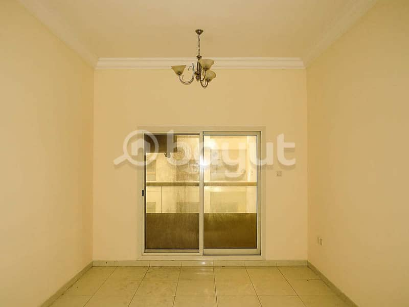 Spacious close kitchen flat for rent in lilies tower at 15000 with parking