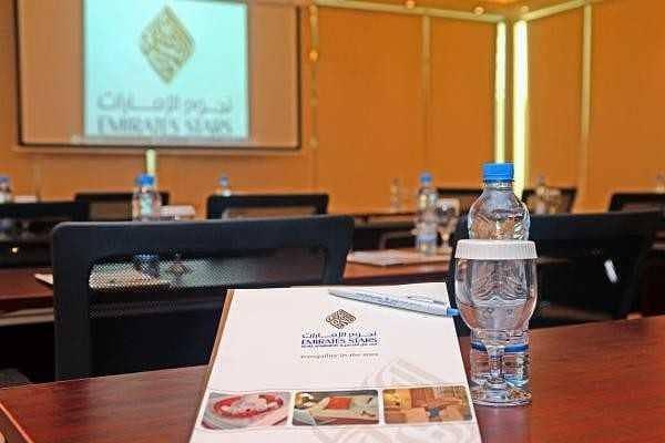 2 Emirates Stars Hotel Apartments Dubai