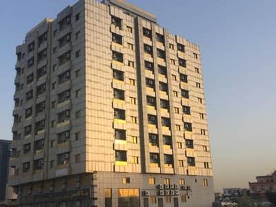 محل تجاري  للايجار في الروضة، عجمان - Building 2