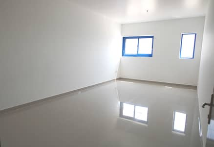 2 Bedroom Flat for Rent in Madinat Zayed, Abu Dhabi - Direct Owner]2 bedroom Hall with balcony Perfect for Family