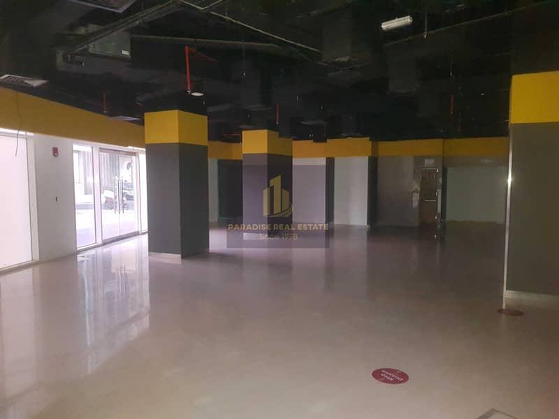 retail shop  ideal for supermarket / restaurant / pharmacy/ prime location of al Nahda 1 Dubai residential complex